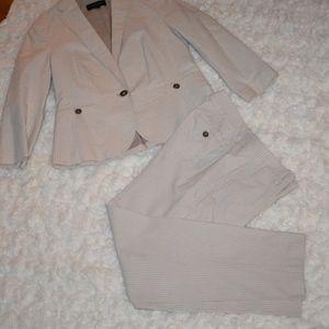 Talbots Jackets & Coats - Talbots women suit linen